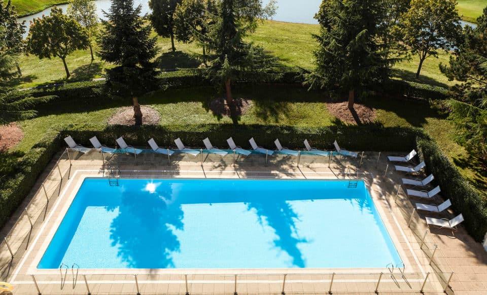 Novotel Saint-Quentin in Yvelines Hotel Pool