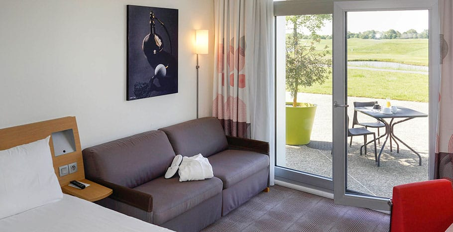 Novotel Saint-Quentin in Yvelines Hotel Executive Room Terrace