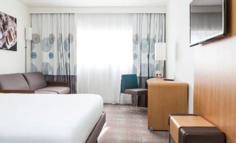 Novotel Saint-Quentin in Yvelines Hotel Room