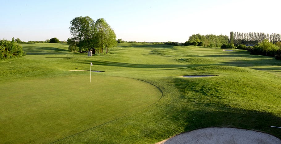 LeGolfNational_Aigle_hole_no5