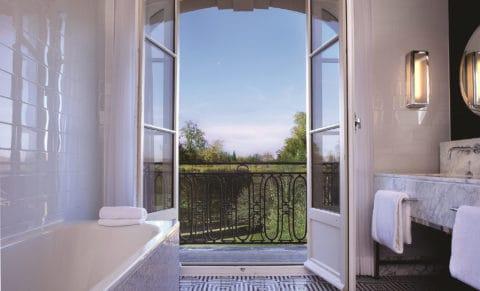 Trianon-Palace-Versailles---Bathroom