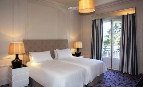 Trianon-Palace-Versailles---Deluxe-Twin-room-©LKLB0010