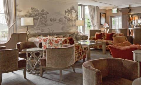 Marcliffe-Hotel-Bar-Area